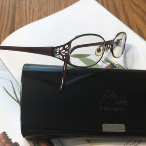 Saks Fifth Avenue Accessories - Saks Fifth Avenue Rx 👓